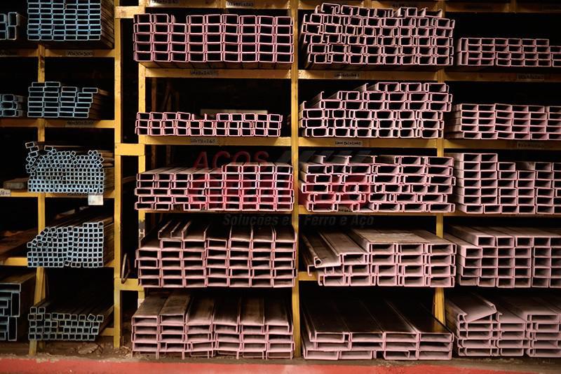Tubo industrial quadrado